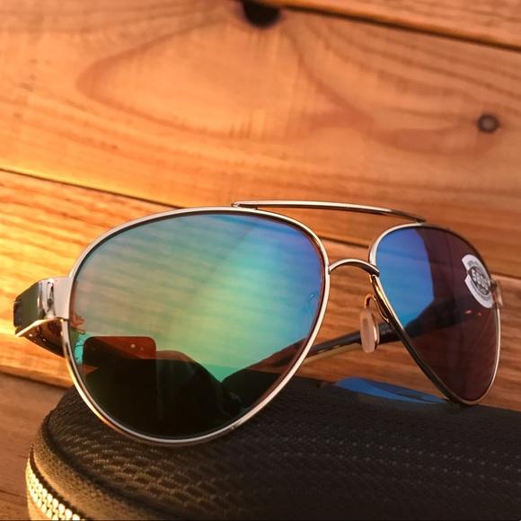 1ff738d185f0a NWT Costa Del Mar gold aviators green mirror 580G